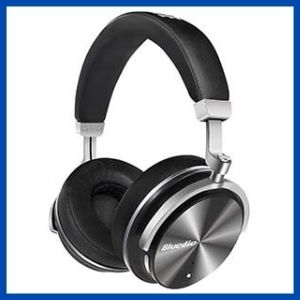 Best over the Ear noise cancelling Bluetooth Headphones under 100